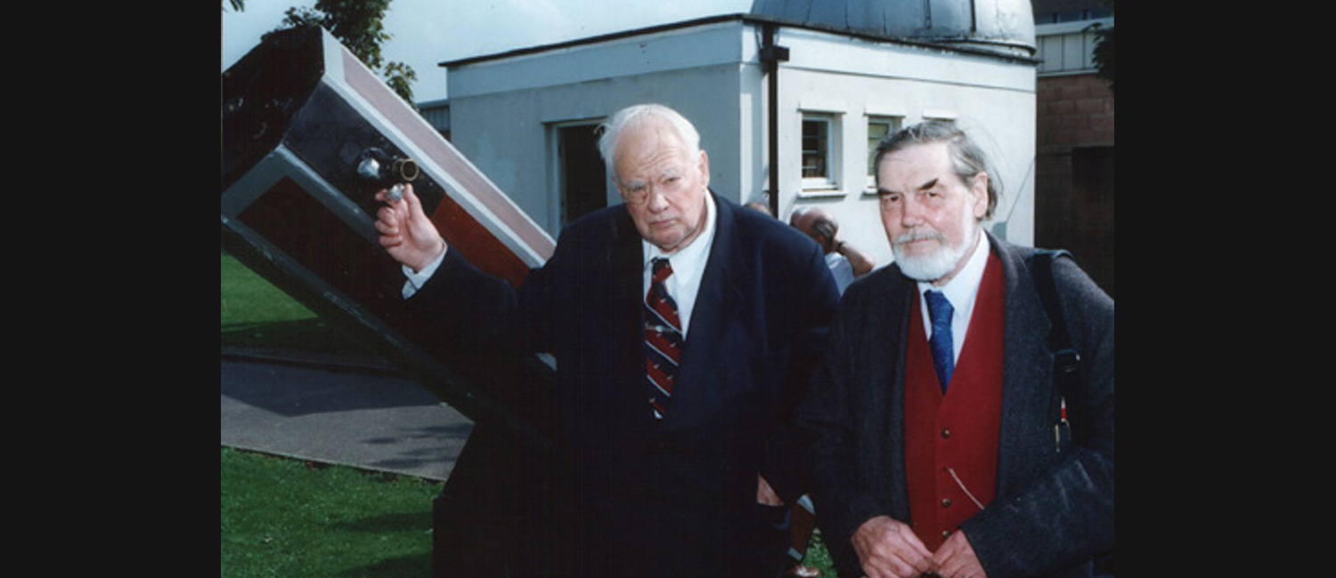 Patrick Moore visiting Trinity Observatory 1998