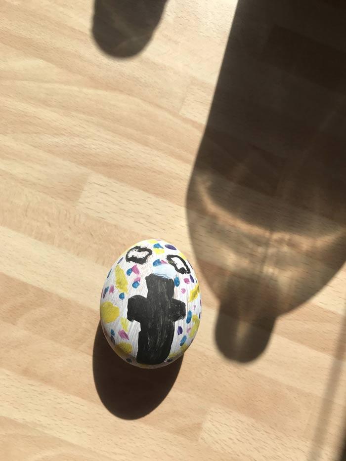 Egg decoration by Aleece Yr 7