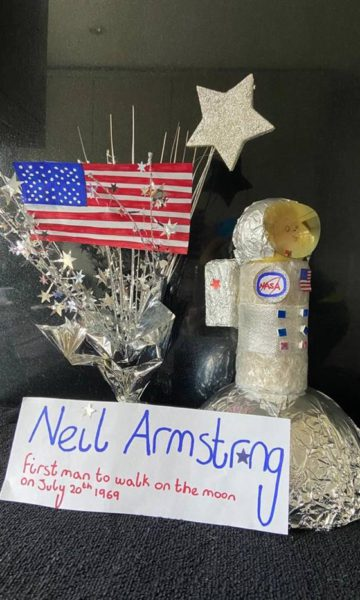 Neil-Armstrong-Egg