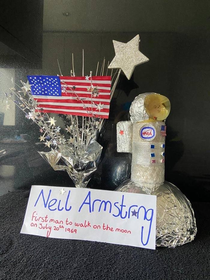 Neil-Armstrong-Egg